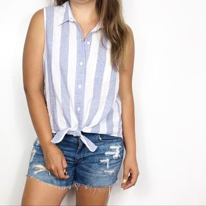 BEACHLUNCHLOUNGE | Blue Striped Linen Button Down
